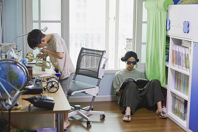 http://www.juyeonlee.com/files/gimgs/th-145_juyeonleecom_boldjournal6_0703.jpg